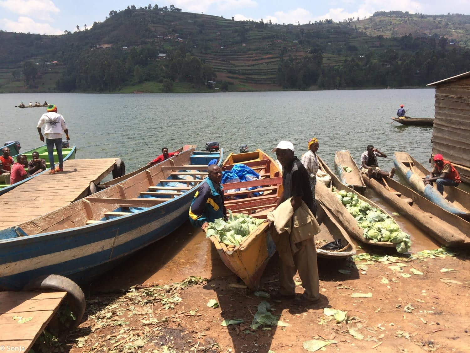 floating market, lake Bunyonyi, Uganda