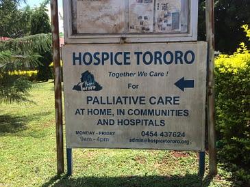 Bezoek aan hospice in Tororo